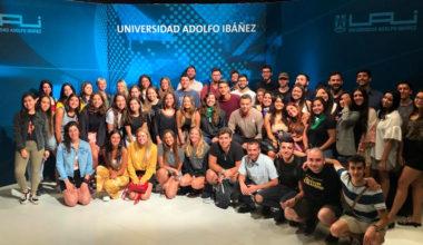 Escuela de Comunicaciones y Periodismo da la bienvenida a alumnos de quinto año