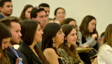 Periodismo celebra a sus nuevos graduados