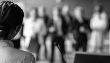Magíster en Comunicación Política y Asuntos Públicos recibe acreditación por cuatro años